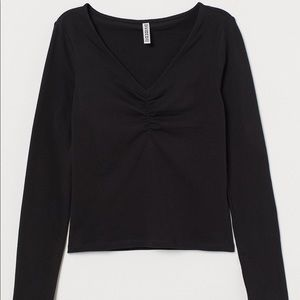 🆕 H&M Black Ruched Chest Top - Black